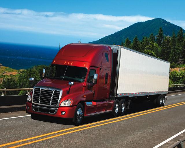 freight-broker-truck